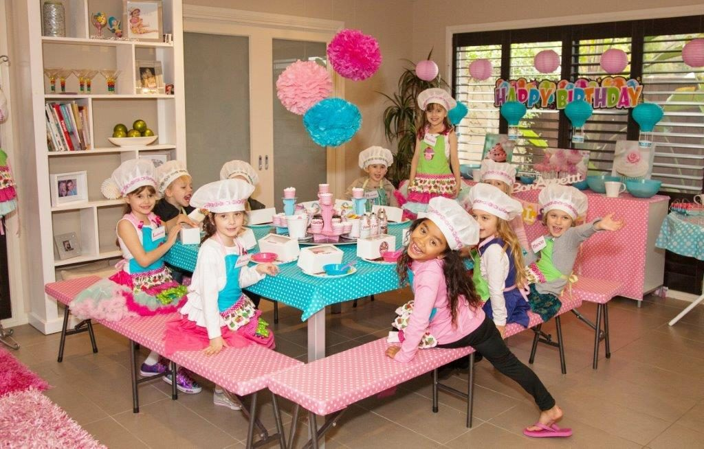 Tianas dance Parties Cupcake Party